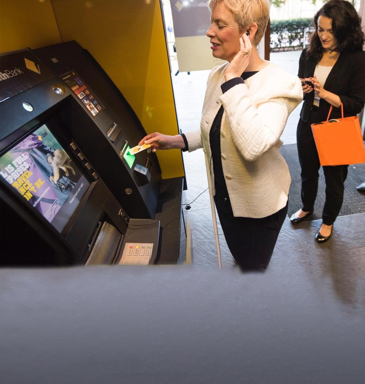 Madison : Commonwealth bank atm close to me