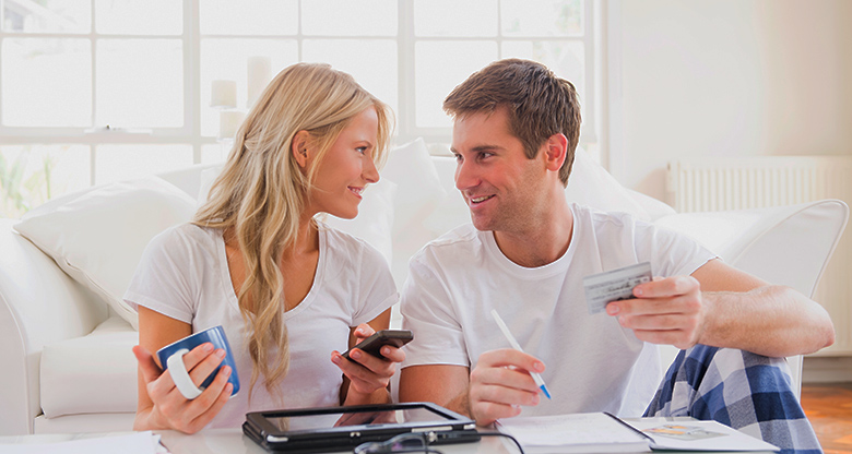 couple credit card budgeting