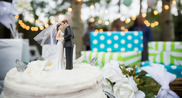 5 tips to help you save for a wedding
